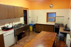Antonie kuchyň b